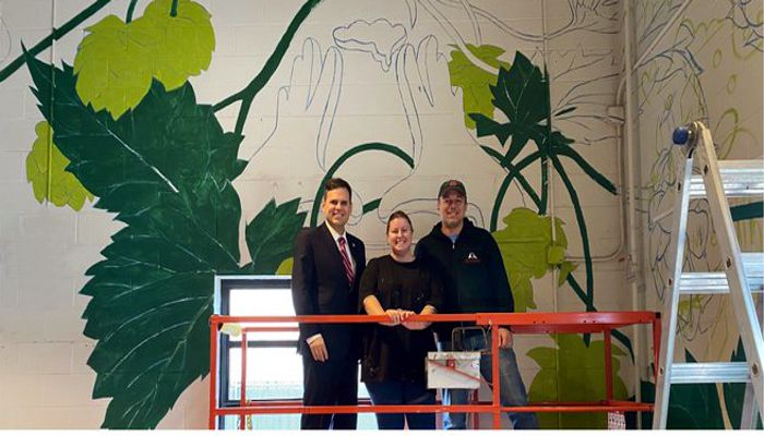 Idlehands Beer and Mayor Christenson know how to start the New Year off right with the addition of an indoor mural being painted by longtime Malden resident Allison Bamcat