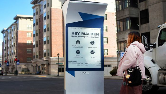 Great to see the first Soofa signs go up in Malden Center! It has Community events, wayfinding maps, & real-time Orange Line times, it's all on display!